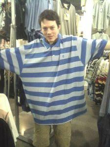 man-too-big-shirt-nertzy-flickr