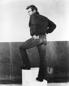 Rebel-Without-a-Cause-james-dean-16501391-800-1000