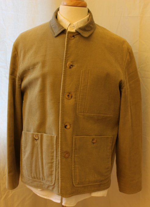 SEH Kelly Tour Jacket. The original version in light green British corduroy. Lovely jacket, properly made in Britain. Cotton lining, horn buttons. I have removed the strap that originally was inside for hanging it off your shoulders, but this can be reattached. Size L, P2P is . Asking 150 pounds.