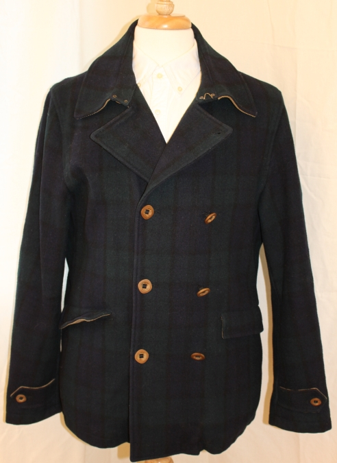 NN07 Peacoat in blackwatch style pattern. Wood buttons, quilted lining, corduroy details. Zipped pocket inside. Throat latch for extra protection. Size XL, xx P2P. Served me well on the cold days for a couple of winters! Asking 60 pounds.