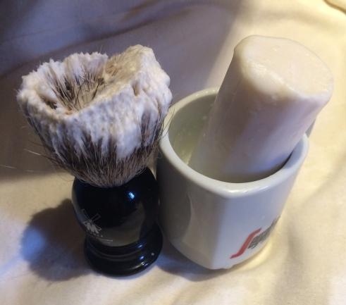 arko and brush
